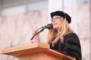 MeetingPlay-Jennifer-Lee-UNH-Graduation-2014.jpg