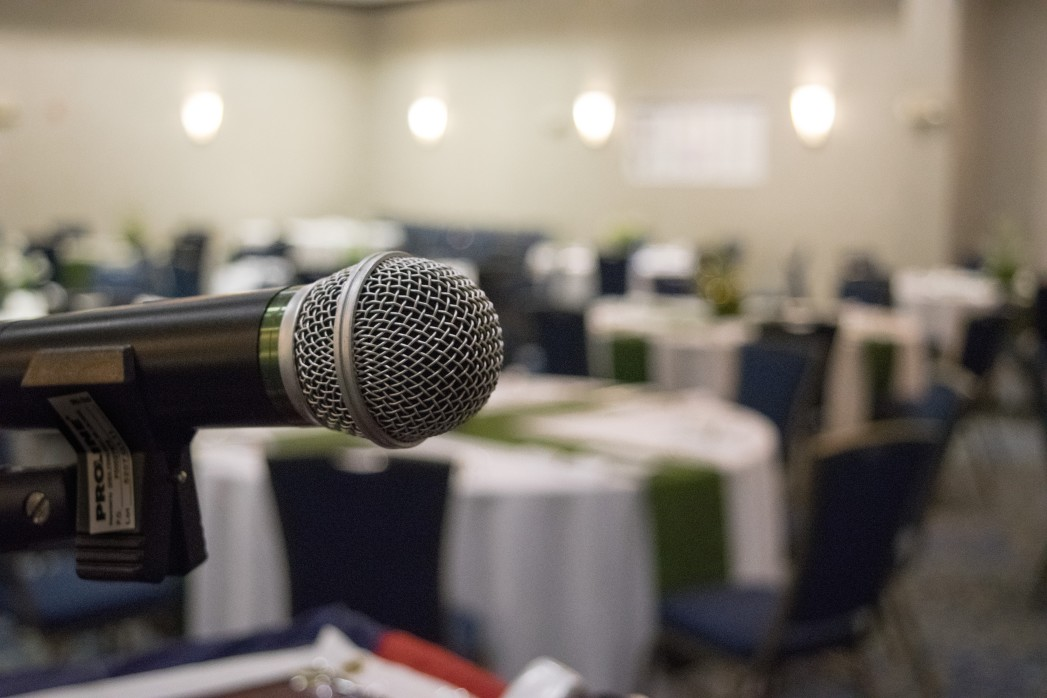 How to Pull Off a Large-Scale Hybrid Event